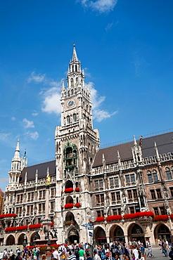 Germany, Bavaria, Munich, Marienplatz, Neues Rathaus, New Town Hall.
