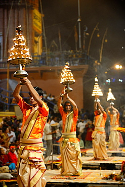 India, Uttar Pradesh, Varanasi, Aarti, Offering of light to the Ganges.