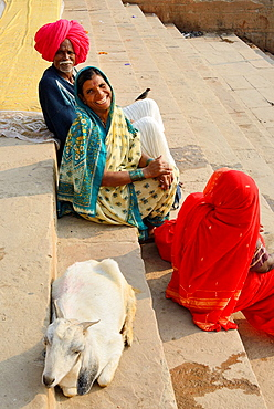 India, Uttar Pradesh, Varanasi, Gay Ghat, Cheerful Rajput pilgrims.