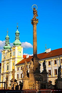 Mariansk˝ sloup column Velke namesti square old town Hradec Kralove city eastern Bohemia Czech Republic Europe