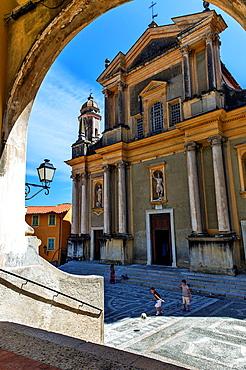Europe, France, Alpes-Maritimes, Menton. Parvis of Saint Michel Basilica.