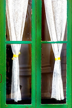Europe, France, Alpes-Maritimes, Antibes. Typical provencal window.