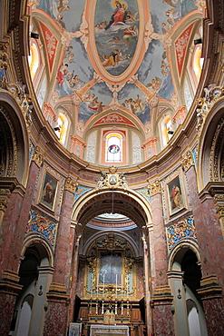 Malta, Mdina, Carmelite Church, interior.