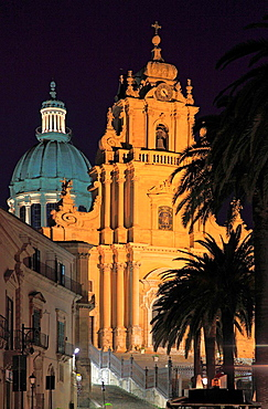 Italy, Sicily, Ragusa Ibla, Duomo di San Giorgio, church.
