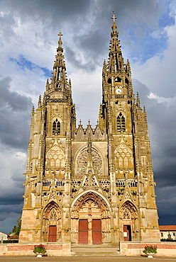 the Notre Dame cathedral in Epine, France
