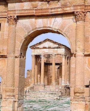 Antonine Gate and Temple of Jupiter, Roman ruins of Sbeitla, Tunisia