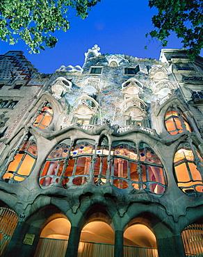 Batllo House (1904-1906), by Gaudi, Passeig de Gracia, Barcelona, Spain