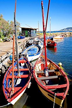 Fishing cabin and ancient fishing boats, Etang de Thau Museum, Bouzigues, Thau basin, 34, Herault, France.