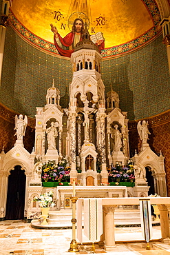 Altar inside the Saints Peter and Paul Church in San Francisco, California, USA