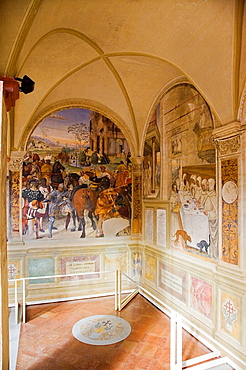 Europe, Italy, Tuscany, Monte Oliveto Maggiore Abbey, Major Cloister With Frescos Of The Life Of St Benedetto, Frescos By Giovanni Antonio Bazzi Called Sodoma And Luca Signorelli