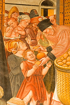 Europe, Italy, Tuscany, Siena, Santa Maria Della Scala, Pellegrinaio, Frescos By Domenico Di Bartolo, Distribution Of Bread To The Poor
