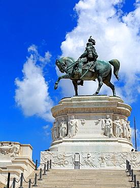 Equestrian sculpture of Victor Emmanuel II, Altare della Patria, Piazza Venezia, Rome, Italy.