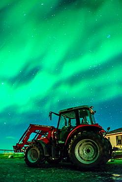 Northern lights above small village of Bleidabollstadur, Vatnajokull National Park, Iceland.