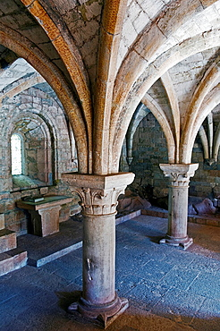 Europe, France, Var, Le Thoronet, Cistercian Abbey. The chapter room.