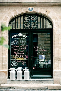 Entrance of Le Comestible. French restaurant in Bordeaux. Bordeaux. Gironde. Aquitaine. France. Europe.