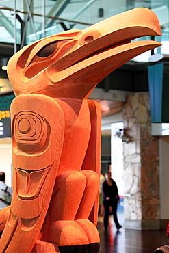 Canada, Vancouver, Raven statue by Dempsey Bob, aboriginal art,.