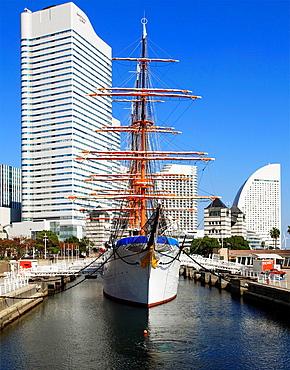 Japan, Yokohama, Minato Mirai, Nippon Maru ship,.