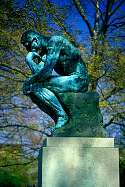 'thinker'statue, Rodin museum, Philadelphia, Pennsylvania, USA.