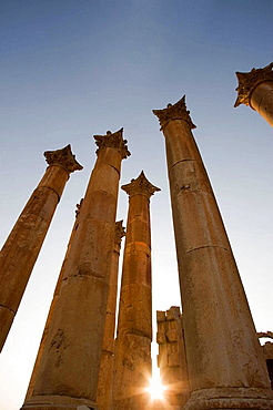 Columns roman temple ruins of artemis, Jerash, Jordan.