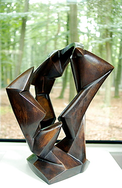 'Triad' (1919) bronze by Rudolf Belling in Kroller-Muller Museum, Het Nationale Park De Hoge Veluwe, Gelderland, Netherlands