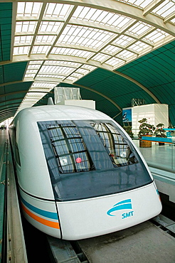 China, Shanghai, Shanghai City: Pudong District, Shanghai Maglev (Magnetic Levitation) train at Pudong City Station