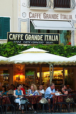 Italy, Lombardy, Lake District, Lake Garda, Sirmione, Piazza Carducci cafes, dusk, NR