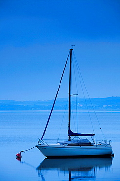 Italy, Lombardy, Lake Maggiore, Angera, sailboat