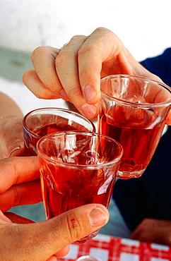 Greece, Cyclades Islands, Santorini, Drinking Santorini wine