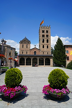 Santa Maria de Ripoll Benedictine Monastery, Ripoll, Girona province, Catalonia, Spain, Europe
