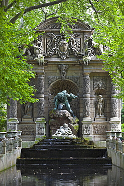 Fontaine de Medicis, Jardin du Luxembourg, Paris, France, Europe