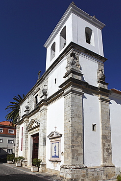 The St. Estevao Church (Santuary of the Most Holy Miracle), a major pilgrimage centre, Santarem, Ribatejo, Portugal, Europe