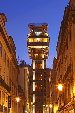 Santa Justa Elevator (Elevador de Santa Justa), also known as the Carmo Lift (Elevador do Carmo) at night, Baixa, Lisbon, Portugal, Europe