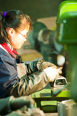 Workers, technological industry, Hebei, Province of Hebei, China, Asia