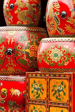 Furniture shop, Panjiayuan flea market, Chaoyang District, Beijing, China, Asia