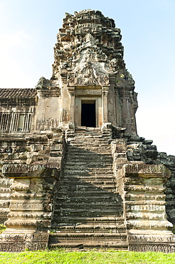 Corner tower of the Bakan level, Angkor Wat Temple complex, UNESCO World Heritage Site, Angkor, Siem Reap, Cambodia, Indochina, Southeast Asia, Asia