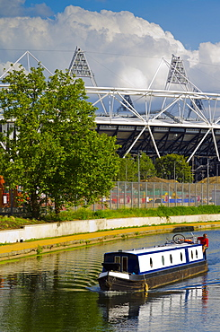 Hackney Wick, River Lee Navigation and London 2012 Olympic Stadium, London, England, United Kingdom, Europe