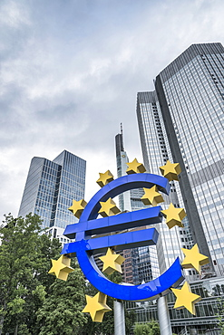 Eurotower, former seat of the European Central Bank, and Euro Symbol, Frankfurt am Main, Hesse, Germany, Europe