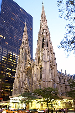 St. Patrick's Cathedral on Fifth Avenue in Manhattan, New York City, United States of America, North America
