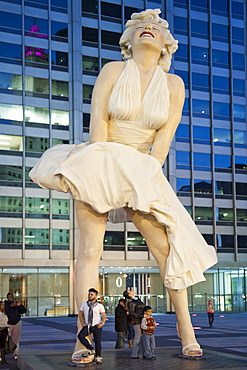 Giant Marilyn Monroe statue in Chicago, Illinois, United States of America, North America