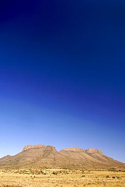 Mountain scenery along the N9 highway between Graaf Reinet and Middelburg in the Karoo region of South Africa's Eastern Cape Province.
