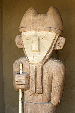 Statue in the Tschudi Complex, one of the ten 'ciudadelas' at Chan Chan,  pre-Columbian America's largest adobe city and capital of the Chimu Empire until its 14th century conquest by the Incas, Chan Chan, UNESCO World Heritage Site, Moche Valley, Trujillo, Peru, South America