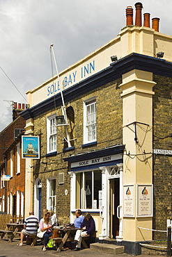 The Sole Bay Inn, a local brewery pub on East Green in the centre of this attractive seaside town, Southwold, Suffolk, England, United Kingdom, Europe