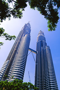 """The Petronas Twin Towers, Kuala Lumpur, Malaysia, Asia""""Designed by Cesar Pelli and Associates and built between 1994 and 1996, it stands 451.9m and each tower has 88 floors."""""""