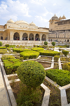 Gardens and Hall of Mirrors, Amber Fort Palace, Jaipur, Rajasthan, India, Asia