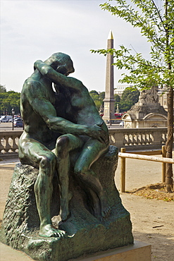The Kiss by Auguste Rodin outside the Musee de L'Orangerie, Paris, France, Europe