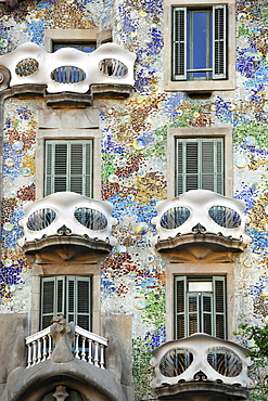 The wrought-iron balconies on the facade of the Casa Batllo building symbolize skulls, designed by Antoni Gaudi, UNESCO World Heritage Site, Barcelona, Catalonia, Spain, Europe