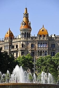 Fountain, Teatre Tivoli theatre, and Hotel Barcelona, Plaza de Catalunya Catalonia square, Barcelona, Catalonia, Spain, Europe