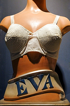 Female mannequin in a bra from around 1925, Eva brand, new Ruhr Museum, UNESCO World Heritage Site Zeche Zollverein, Essen, Ruhrgebiet region, North Rhine-Westphalia, Germany, Europe