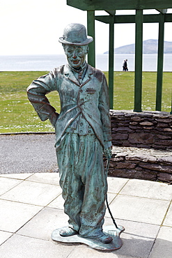 Monument to Charlie Chaplin, 1998, Waterville, Ring of Kerry, County Kerry, Ireland, British Isles, Europe