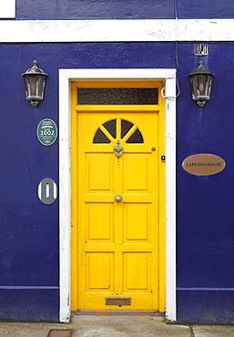 Yellow front door, Captain's House, Dingle, County Kerry, Ireland, British Isles, Europe
